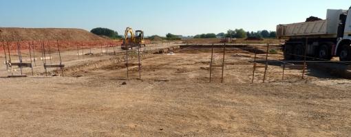 Fondations du futur batiment de l'Écopôle Périgord-Aquitaine en septembre 2013